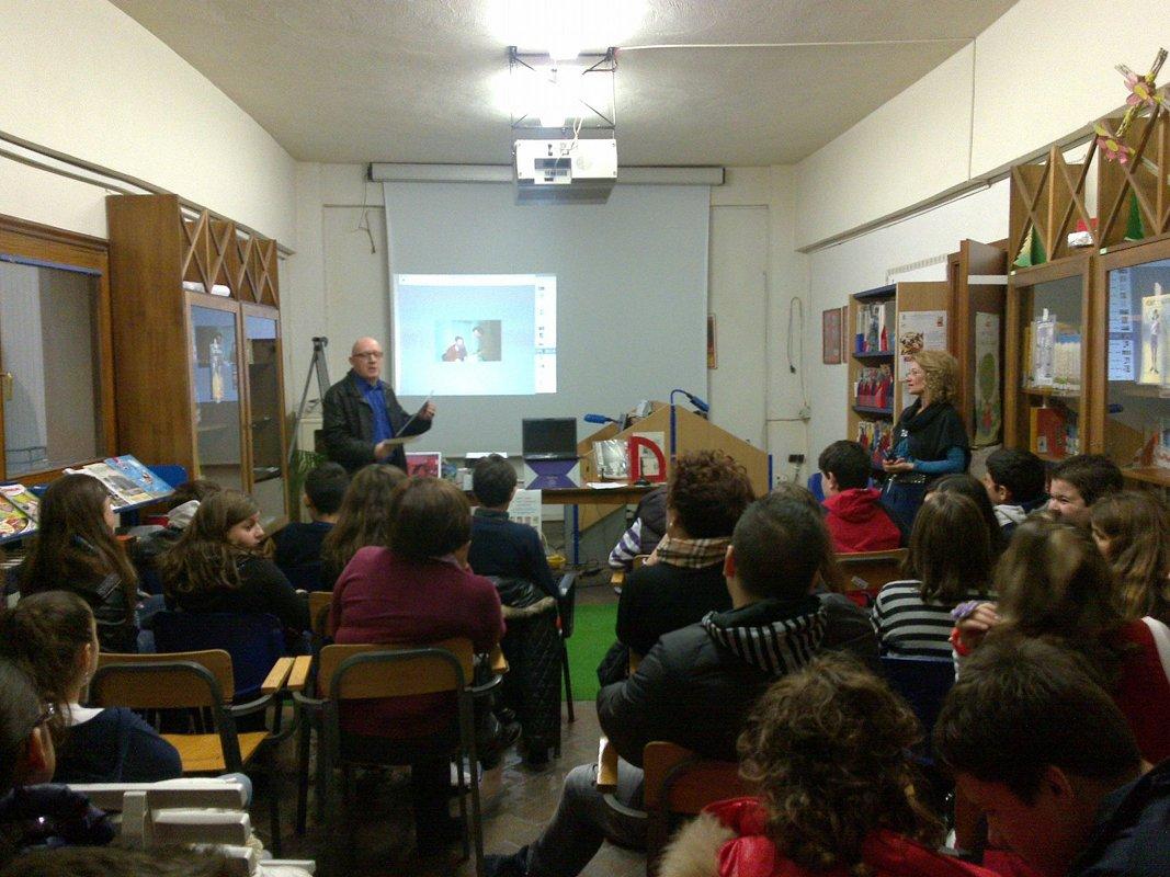 Foto di un incontro realizzato alla Biblioteca Oasi a Barcelloan P.G.