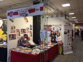 foto di gruppo degli allestitore dello stand ANAFi-Fumettomania