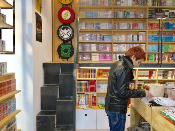 Foto 3 del Comicshop-Coffeehouse ufficiale di Etna comics