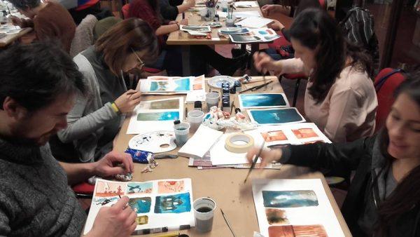 Foto 2- un laboratorio di fumetto durante i giorni della mostra di Sanna