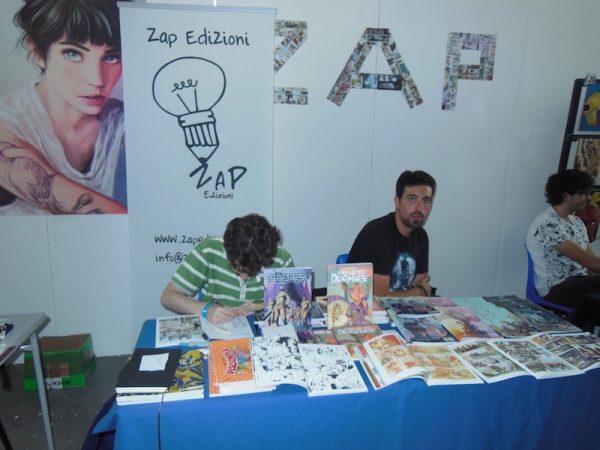 Spazi di autori giovani (Zap edizioni), al piano primo del padiglione F, ad Etna Comics 2017