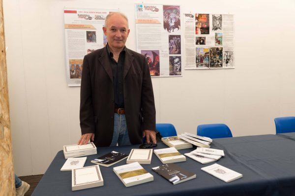 Lo scrittore e poeta Carmelo Maimone, alla fiera del Libro ed. 2017 al Parco corolla