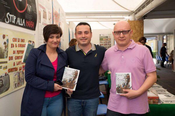 Un trio d'eccezione: lo scrittore Antonino Genovese, la giornalista Cristina ed il sottoscritto Mario Benenati