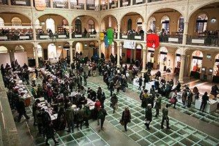 Foto della Sala Borsa di Bologna