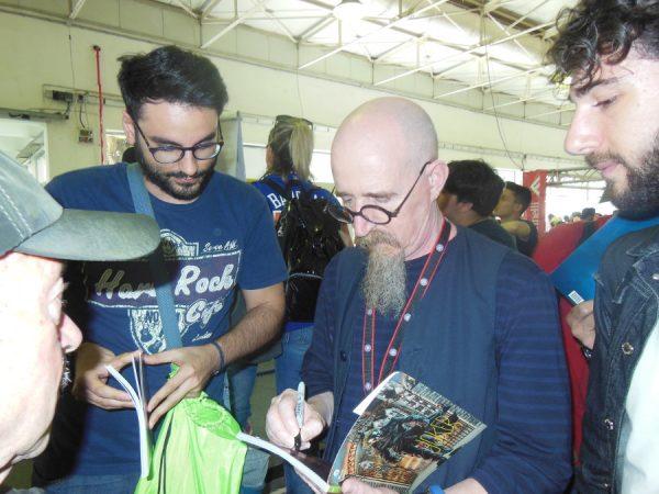 BRIAN AZZARELLO firma autografi