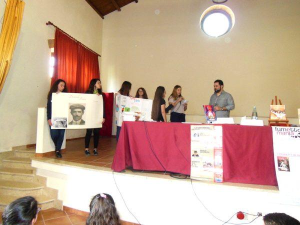 """Gli studenti dell'Istituto Comprensivo """"""""B. Genovese"""""""" propongono le domande allo scrittore Antonio Recupero"""