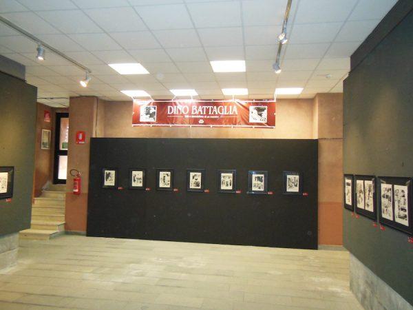 foto 3 della Mostra dedicata a Dino Battaglia. un parte dell'allestimento