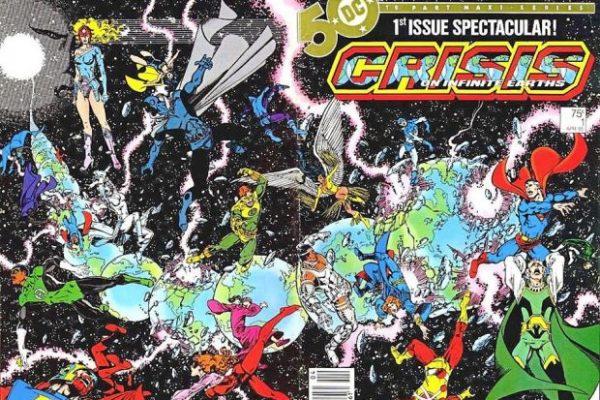 """La cover della priam edizione della mini serie """"Crisis On infine Earts"""" (""""Crisi sulle infinite terre"""""""
