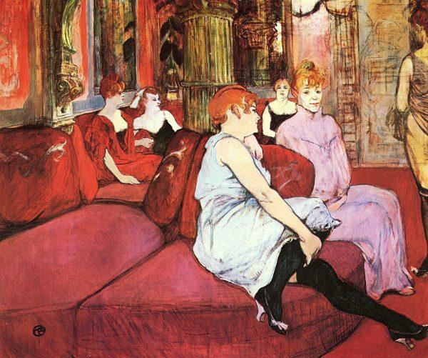 La posa in primo piano è una citazione del dipinto di Toulouse Lautec Al Salon di rue des Moulins, esso stesso quadro dell'interno di un bordello.