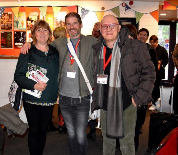 Foto finale con  Julie Tait, Direttrice del Festival, e con Charlie Adlard mitico artista.