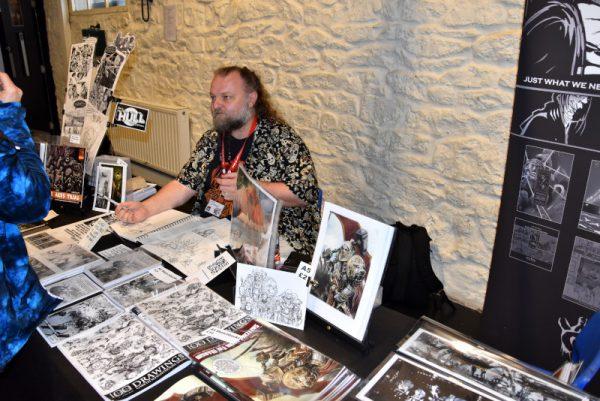 foto 1 di uno degli autori presenti nello spazio dedicato al fantasy al secondo livello del BAC,