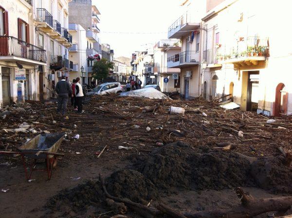 la foto del giorno dopo dell'alluvione (del 22 nov. 2011)