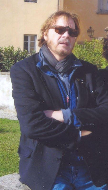 Foto scaricato dalla pagina di Wikipedia (che si ringrazia) dedicato all'autore.