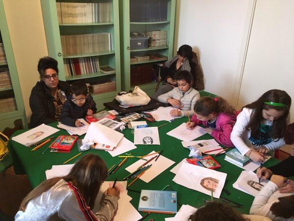 Laboratorio di disegno con i bambini che si è svolto sabato 4 (ripreso anche nel servizio televisivo su raitre), grazie all'apporto prezioso dell'autrice ed architetto Michela De Domenico, di Messina