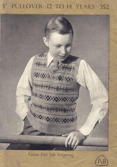 In questa scena, il giovane LeBrock sta indossando un pullover Fair Isle, un modo di vestire molto popolare in Gran Bretagna dal 1920 fino ai tardi anni 50.