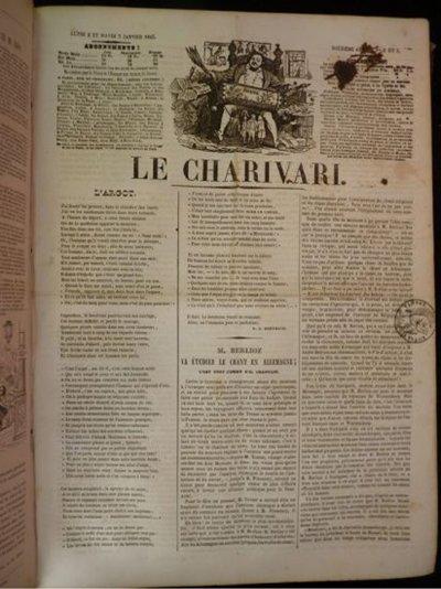 """Grandville: Force Majeure - pagina 33, vignetta 6: Qui, la rivista è semplicemente intitolata """"Charivari"""", il nome del precursore francese di Punch, Le Charivari."""