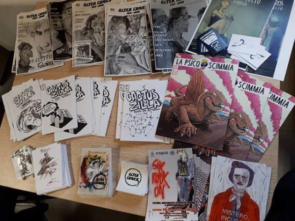 """Evento all'interno dei locali di Scirocco Onlus alter comics: in prima fila l'albo """"la Psico scimmia"""" e la fanzine """"Alter Comics"""" ."""