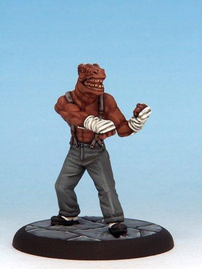 Quelle brave persone di Crooked Dice hanno anche realizzato una statuina di Koenig.