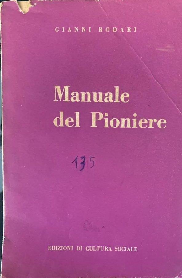 Copertina del manuele del Pioniere