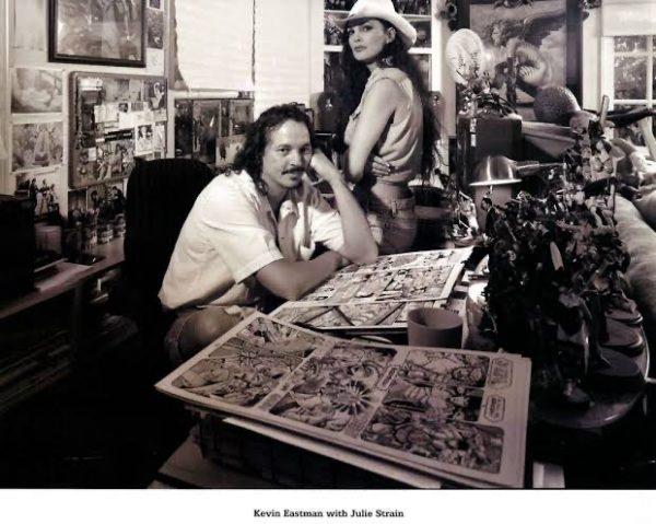 Foto di Kevin Eastman con Julie Train, all'inizio della sua carriera