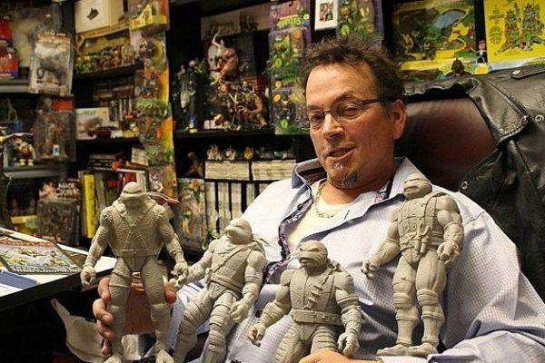 foto di K. Eastman con i models delle tartarughe ninja.