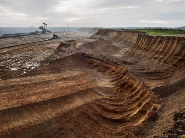 03_Burtynsky_Coal.  immagine-tratta-dal-libro Antropocene Utilizzata solo a fini divulgativi © degli aventi diritti