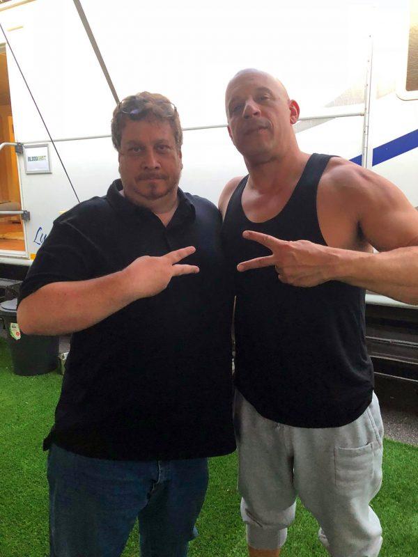 Kevin con Vin Diesel sul set di Bloodshot il film