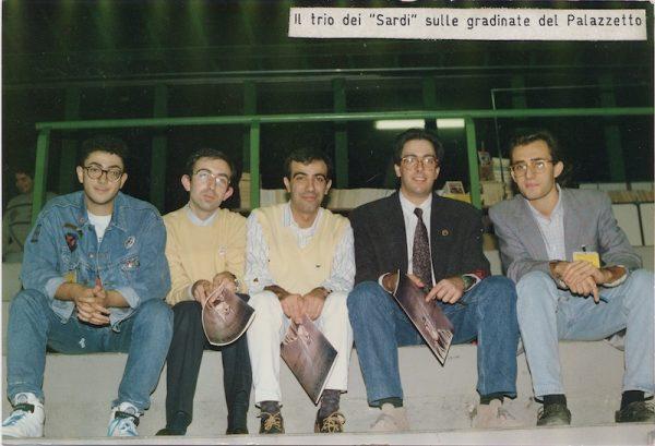 Palazzetto di lucca, novembre 1990:  foto ricordo  con Medda (Michele), Serra (Antonio) e Vigna (Bepi),
